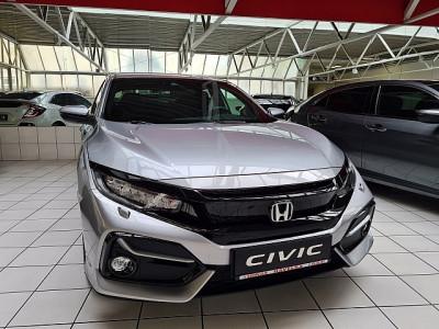 Honda Civic 1,0 VTEC Turbo Elegance bei Auto Havelka in